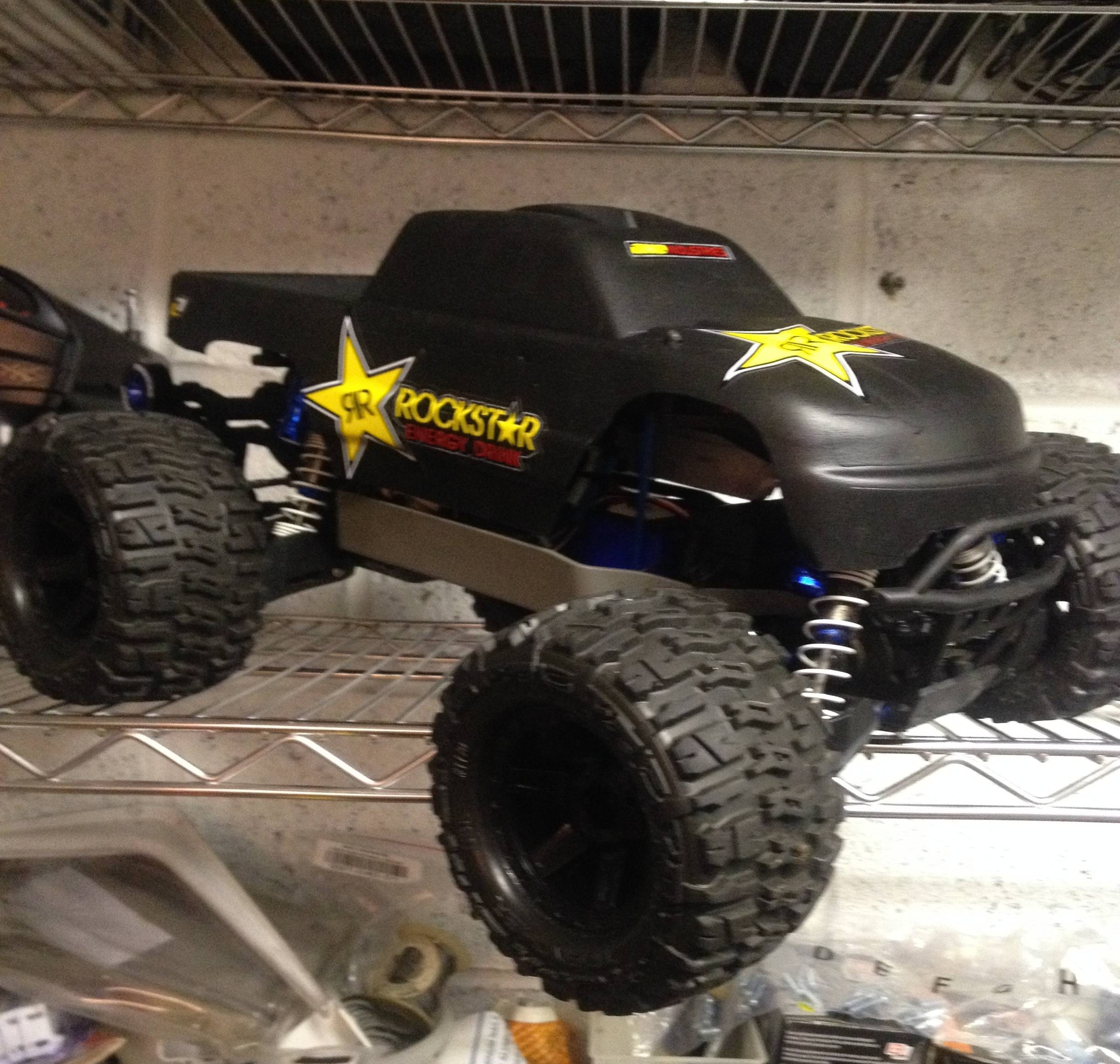 plasti diped stock traxxas stampede body and picked up some rockstar stickers off ebay